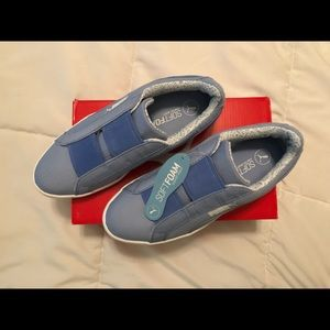 Sneakers Puma Vikky Slip-On Canvas Shoes